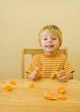 3 éénjarigen jongen het eten. Royalty-vrije Stock Afbeelding