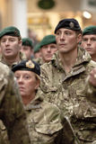 3 воина командоса бригады маршируя стоковое фото