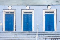 3 голубых двери на голубом здании Стоковая Фотография RF