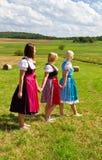 3 девушки в Dirndl Стоковые Фото
