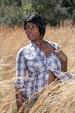 3 детеныша женщины красивейших травы высокорослых Стоковое Изображение
