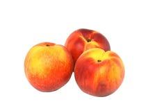 3 персика на белизне. Изолировано Стоковые Фото