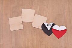 3 пустых деревянных доски с черными и красными сердцами Стоковые Фотографии RF