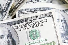 3 100 bills stänger upp dollaren Royaltyfria Bilder