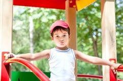 3-4年男孩的纵向 免版税库存图片