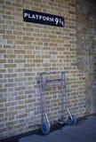 3 4 9 przecinająca królewiątek platformy stacja Obrazy Royalty Free