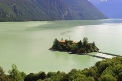 3 basongcuo小海岛的湖 免版税库存照片