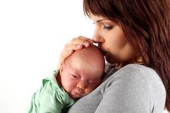 3 behandla som ett barn holdingmodern Arkivbild
