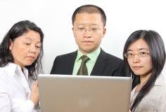 3 chinesische Wirtschaftler Stockfotografie