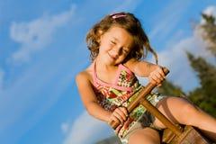 3 dziewczyn mały seesaw Fotografia Stock