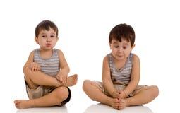 3 gammala avslappnande år för pojke Arkivfoton