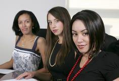 3 giovani donne di affari Fotografie Stock