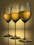 3 glaces de vin blanc Photo stock