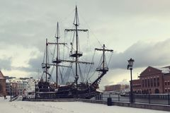 Free 3 JAN 2019 Gdansk, Poland Black Pearl Ship In River Motlawa In Old Town In The Early Morning Stock Photo - 136403240
