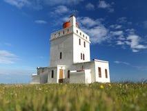 3 Juli 2012 - vuurtoren Dyrholaey in IJsland Royalty-vrije Stock Afbeeldingen