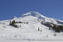 3 kapiszonów góry narty skłon Zdjęcie Stock