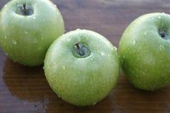3 maçãs Imagem de Stock
