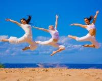 3 muchachas activas Fotografía de archivo libre de regalías