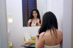 3 piękna dziewczyny makeup paleta nastoletnia Zdjęcia Royalty Free