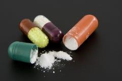 3 pillen op zwarte Royalty-vrije Stock Fotografie