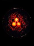 3 stearinljus petals steg Arkivfoton