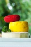 3 tipos de queijo empilhados Fotografia de Stock Royalty Free