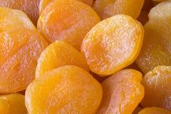 3 torkade aprikosar arkivbild