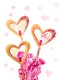 3 tortas en forma de corazón de la ventana Fotografía de archivo libre de regalías