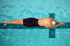 30启动游泳 免版税库存照片
