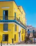 30 Havana-DECEMBER: Straat in het oude deel van de stad 3 December Stock Foto
