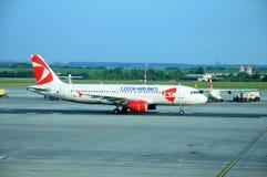 319架空中巴士机场布拉格 库存图片
