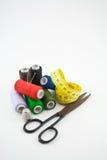 32 ράβοντας εργαλεία Στοκ Φωτογραφίες