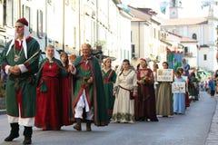 32ste, historische parade, Palio van Baradello Stock Foto