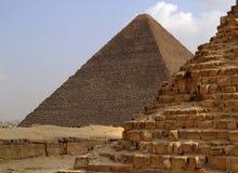 34座吉萨棉金字塔 免版税库存图片