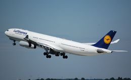 340 airbus Lufthansa Στοκ Εικόνες