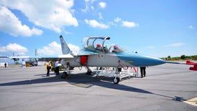 346个aermacchi airshow alenia喷气机m军人 免版税库存照片