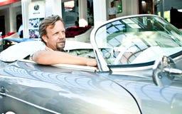 356汽车他的人游行堡侍捷葡萄酒 免版税库存照片