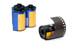 35mm filmbroodje met blurrer rols op de achtergrond Stock Afbeelding