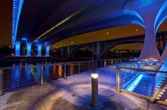 35W桥梁在米尼亚波尼斯明尼苏达 免版税图库摄影