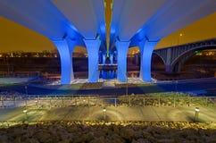 35w桥梁晚上 免版税库存图片