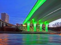 35w桥梁高速公路米尼亚波尼斯 免版税图库摄影