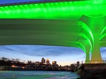 35w桥梁高速公路米尼亚波尼斯 免版税库存照片