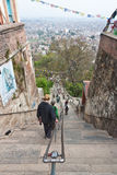 365 pasos de progresión a Swayambhunath en Katmandu, Nepal Imagen de archivo libre de regalías