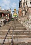 365 stappen aan Swayambhunath in Katmandu, Nepal Stock Foto's