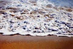 金黄的海滩 免版税库存照片