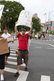 38 upptar anti apec honolulu protest Royaltyfri Bild