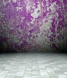 3d intérieur grunge, mur rouillé violet Photo libre de droits