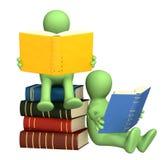 3d marionetten, die de boeken lezen Royalty-vrije Stock Foto