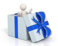 3d mens in een blauwe Geïsoleerdev giftdoos - Royalty-vrije Stock Foto's