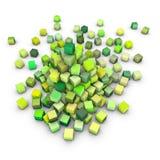 3d rinden la pila de cubos verdes en blanco Imagen de archivo libre de regalías